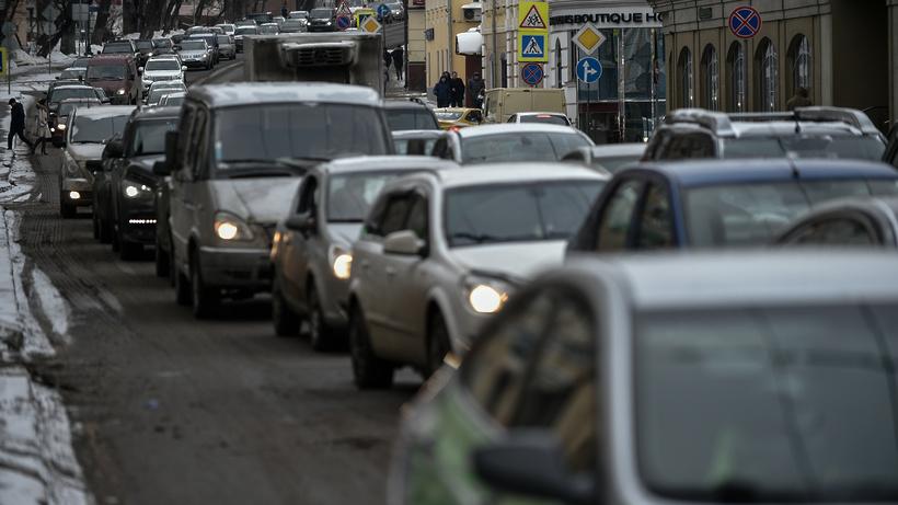 ЦОДД рекомендует въезжать вцентр столицы наавтобусах— Непогода