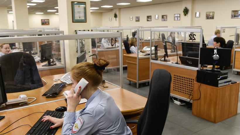 Труп неизвестного мужчины найден вподъезде дома вКрасногорске