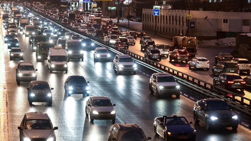 Специалисты назвали ТОП-10 самых известных авто ноября в столицеРФ