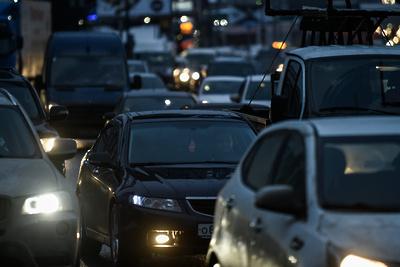 Пробка образовалась на Новорязанском шоссе в Люберцах из‑за столкновения 4 машин