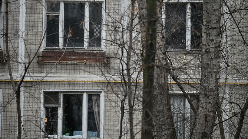 Граждане домов, непопавших под реновацию, требуют сноса собственных пятиэтажек