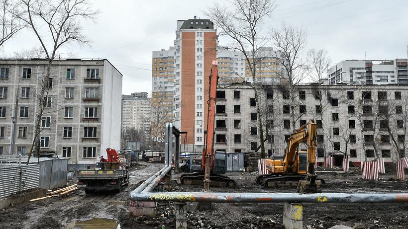 Власти Москвы определили порядка 80% стартовых площадок под второй этап сноса пятиэтажек