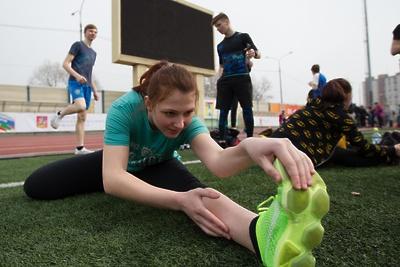 Более 140 старшеклассников из Дзержинского выполнили нормативы ГТО
