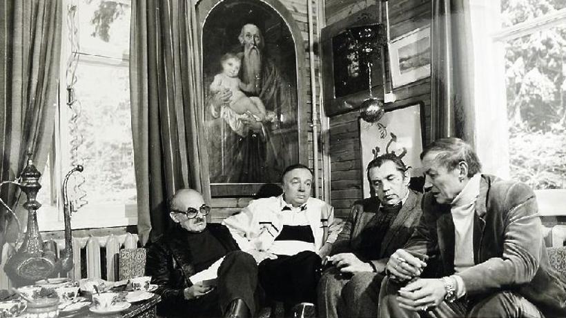 В столице откроют центр культуры имени поэта Андрея Вознесенского