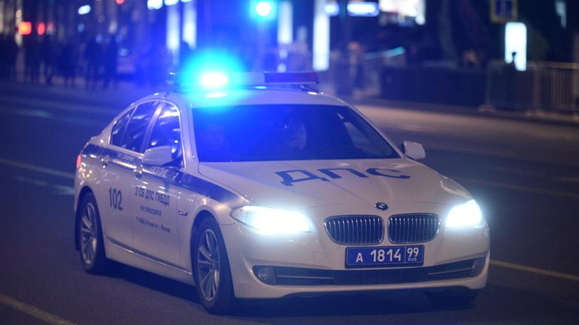 Полицейские задержали автомобиль подозреваемых впохищении мужчины вцентре столицы