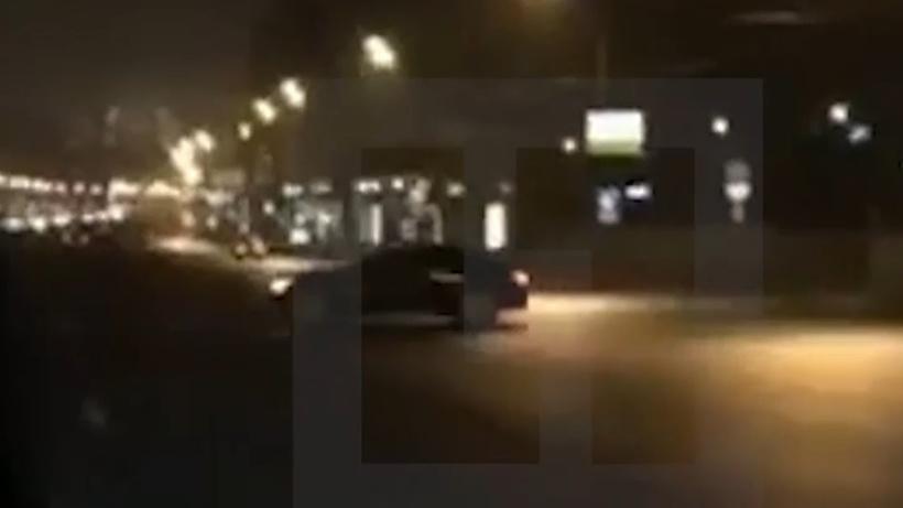 Мажор на БМВ исполнил «арабский дрифт» в столицеРФ