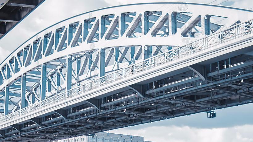 Строительная подсветка появится на16 мостах МЦК