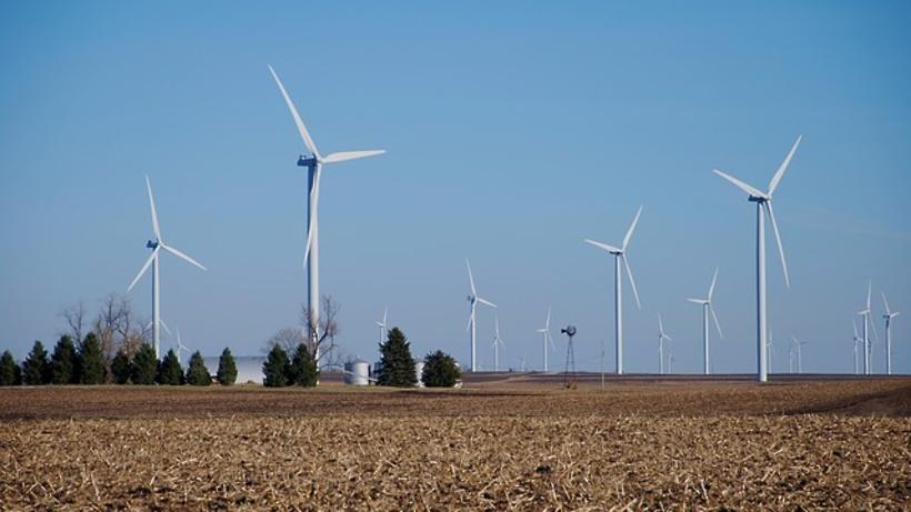 Google окончательно переходит насолнечную иветровую энергию