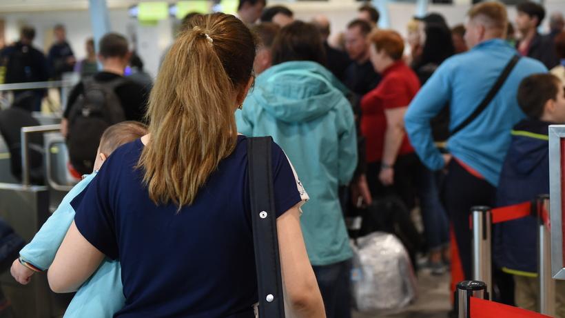 Пассажиров «ВИМ-Авиа» приютили всанитарно-карантинном пункте «Домодедово»