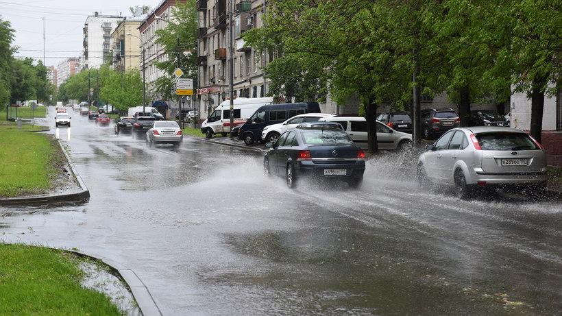 Циклон изменил 38 маршрутов городского транспорта в столицеРФ