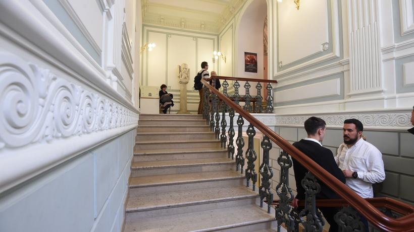 Улучшенный Рахманиновский зал Московской консерватории показали репортерам