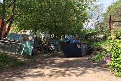 Около 38 тонн отходов вывезли с контейнерных площадок Люберец за минувшую неделю