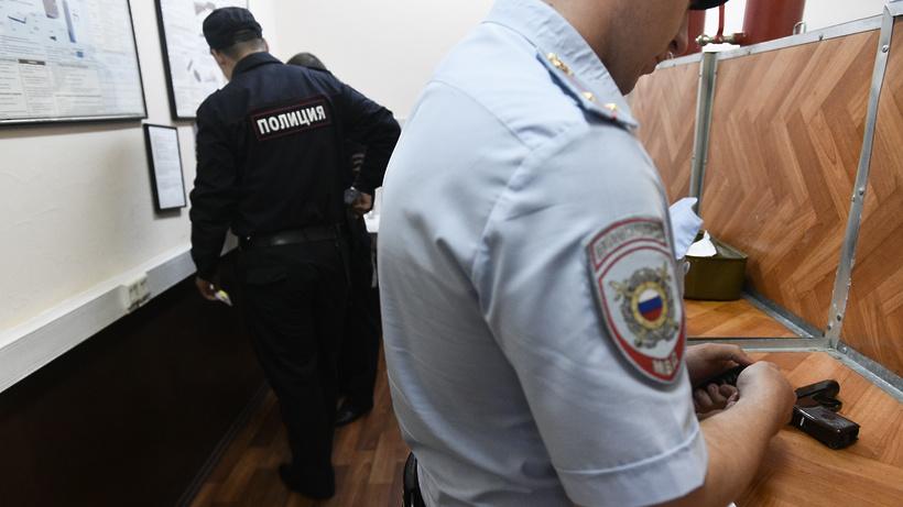 3 подозреваемых в участии в драке на Дубнинской улице в столице отпустили из полиции
