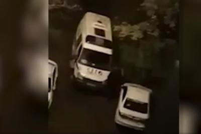 Избиение водителя скорой помощи в Пушкине. ВИДЕО