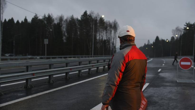 Названы сроки запуска участка Калужского шоссе отСосенского доТроицка
