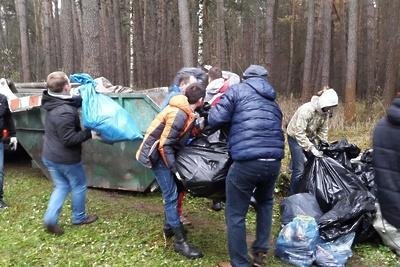 Жители микрорайона Подольска проведут уборку на трех площадках в субботу
