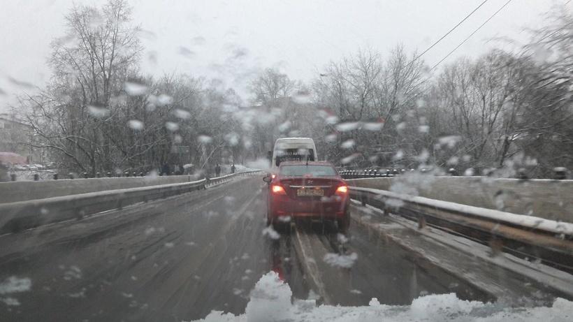Движение ограничили по Митяевскому и Черкизовскому мостам в Коломне