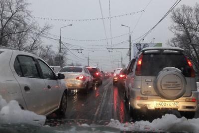 Пробка длиной более 3 км образовалась в центре Подольска в четверг вечером