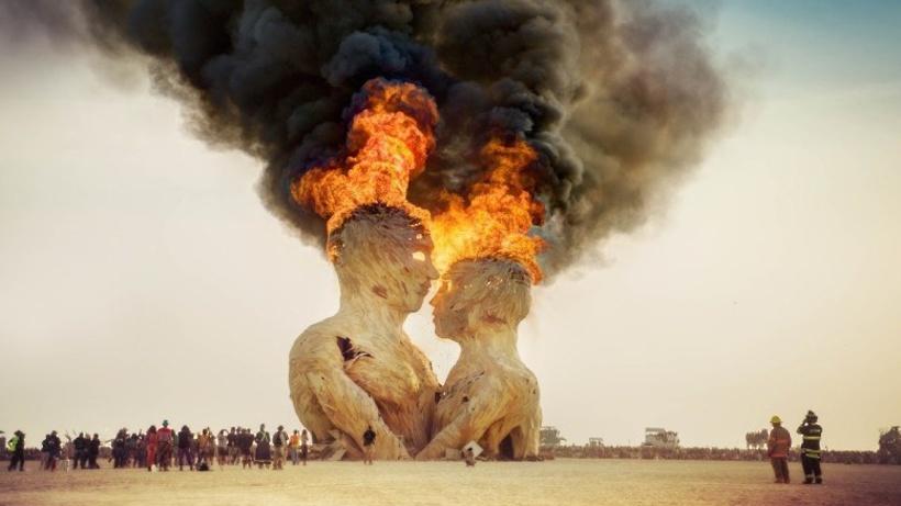 В столице России  отменили вечеринку Burning Man Decompression зачас доначала