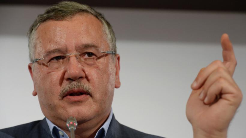 СКР возбудил дело против прежнего министра обороны государства Украины