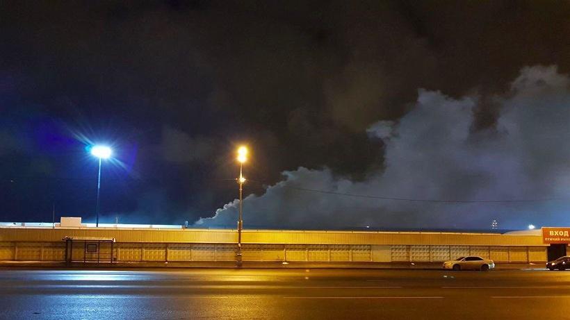 В Москве загорелся рынок «Садовод»