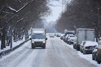 Автомобилистам Подмосковья рекомендовали соблюдать скоростной режим из‑за гололедицы
