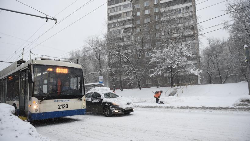 Городской транспорт перевели наусиленный режим