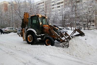 В Подмосковье подготовили более 600 единиц спецтехники из‑за предстоящего снегопада