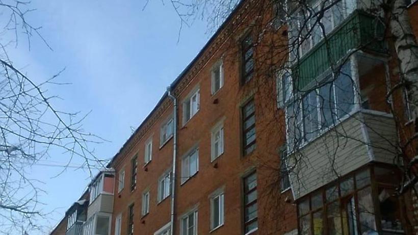 Вцентре столицы с7 этажа многоэтажки отошли части балкона
