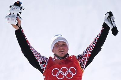 Российский фристайлист Ридзик выиграл бронзу на Олимпиаде в ски‑кроссе