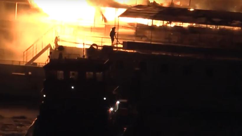 Возгорание насудне в столицеРФ удалось локализовать— МЧС