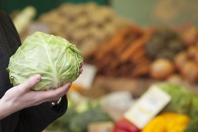 На ярмарке «Ценопад» в Серпухове продали больше тонны фруктов и овощей