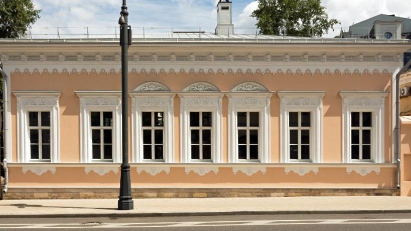 Главный дом усадьбы Новикова-Давыдова отреставрирован