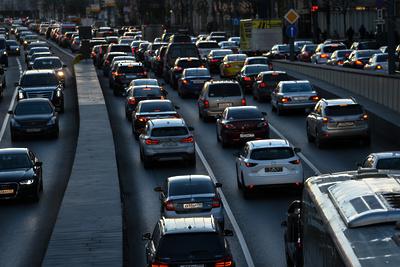 9‑балльные пробки парализовали дороги Москвы