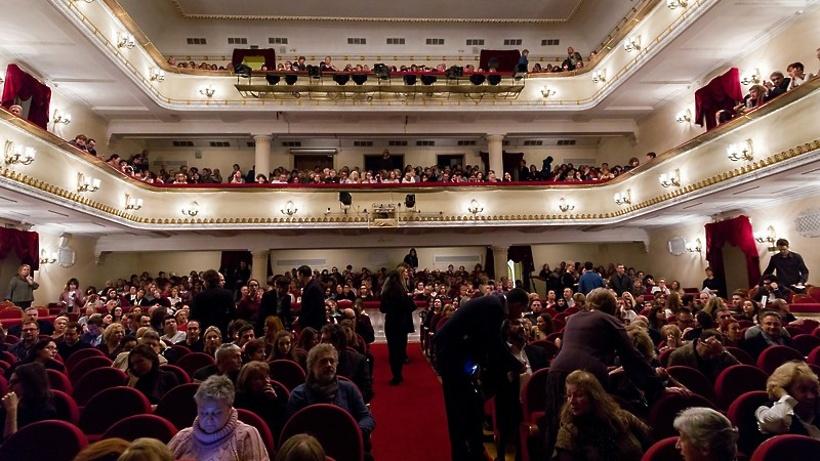 РИАМО разыграет билеты в театр им. Пушкина