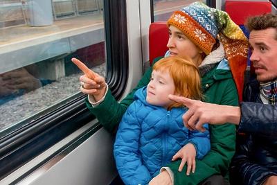 Новогодние туристические экспрессы начнут курсировать из Москвы в Подмосковье с субботы