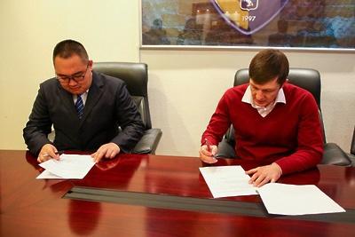 Делегация КНР подписала соглашение о сотрудничестве в сфере хоккея со школами Подмосковья