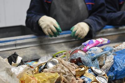 Первые 100 т отходов отсортировали в новом комплексе переработки в Коломне