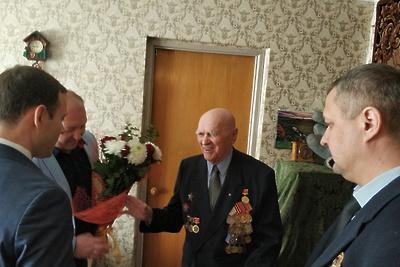 УК в Королеве отремонтировала квартиру ветерана ВОВ в рамках благотворительной акции