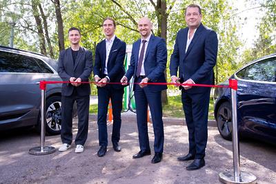 Новую станцию для быстрой зарядки электромобилей запустили в Одинцовском округе