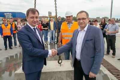 В Подольске заложили первый камень в строительство контейнерного терминала на ж/д путях