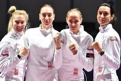 Подмосковная спортсменка завоевала серебро на чемпионате Европы по фехтованию