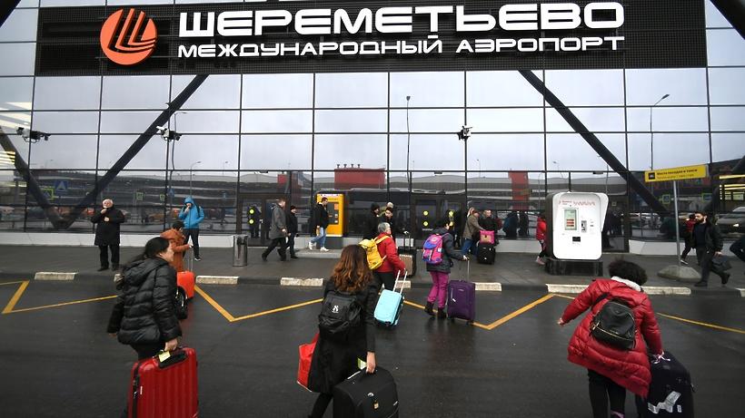 Около 40 рейсов отменили и задержали в аэропортах Московского региона