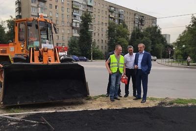 Тротуар отремонтировали на перекрестке Инициативной улицы в Люберцах