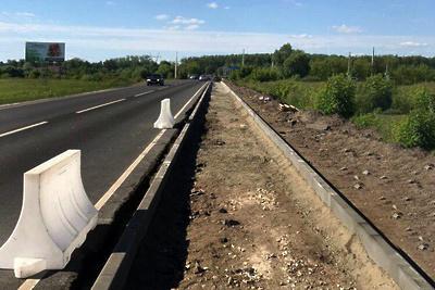 Свыше 240 км новых тротуаров построят вдоль региональных дорог в Подмосковье
