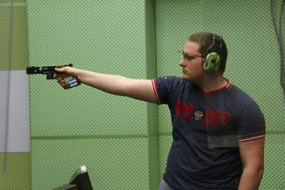 Спортсмен из Подмосковья завоевал серебро на Кубке мира по пулевой стрельбе