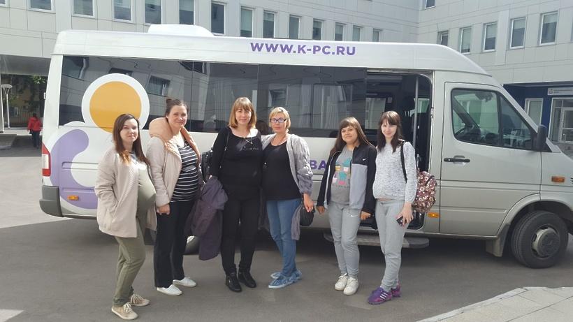 Микроавтобус для транспортировки рожениц подарили центру материнства и детства Коломны