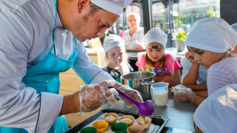 Гостей «Цветочного джема» угостят томатным супом с лавандой и необычным мороженым