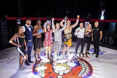Бойцы из пяти стран мира приняли участие в турнире по ММА в Солнечногорске