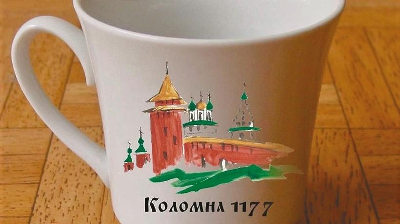 Посуду в школьных столовых Коломны украсили символы города